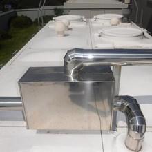 貯水槽バルブ交換。東京都内。